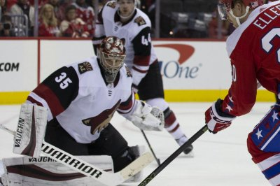 Coyotes aim to keep Sabres cool