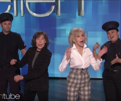 Jane Fonda, Lily Tomlin joke about arrests on 'Ellen'