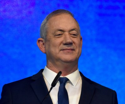 Benny Gantz goes into quarantine in Israel
