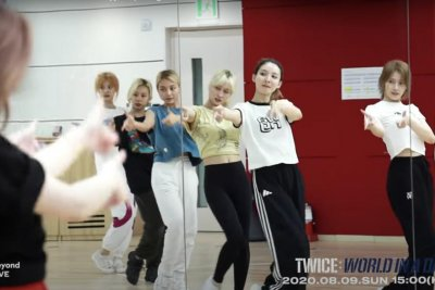 Twice preps for 'World in a Day' concert in new video