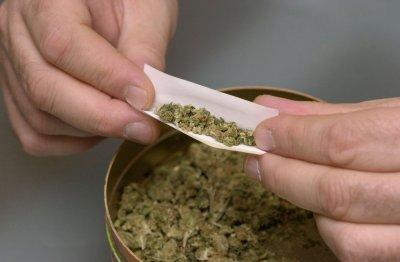 Rahm Emanuel calls for statewide marijuana decriminalization