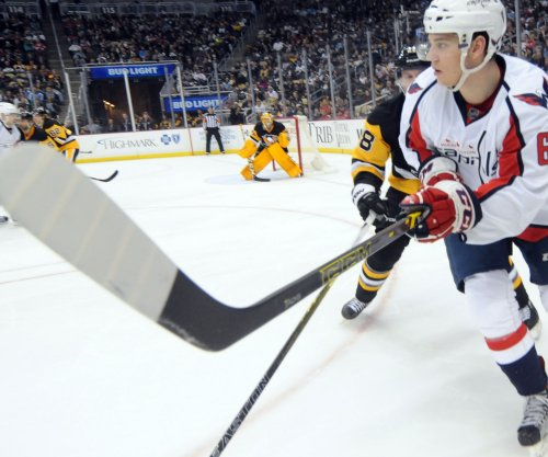 Surging Pittsburgh Penguins sink Washington Capitals