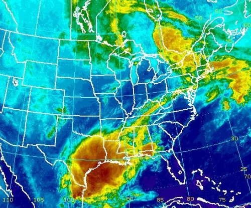 Deadly storm takes aim at mid-Atlantic, Northeast U.S.