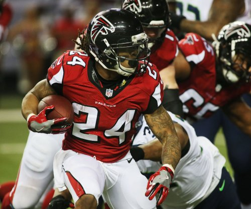 Atlanta Falcons focused on acclimating, assessing newcomers for another Super Bowl run