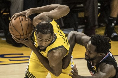 Warriors' Durant says Clippers running a 'gimmick defense' in playoff series