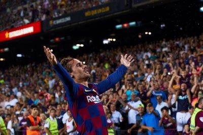 Barcelona's Antoine Griezmann scores twice, channels LeBron James