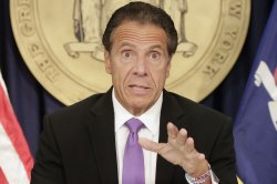 N.Y. Gov. Cuomo apologizes for conduct, won't resign
