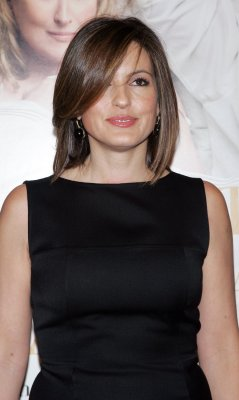Hargitay urges end to abuse against women