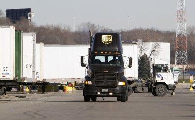 U.S. trade deficit widens to $47.2 billion as exports slowdown
