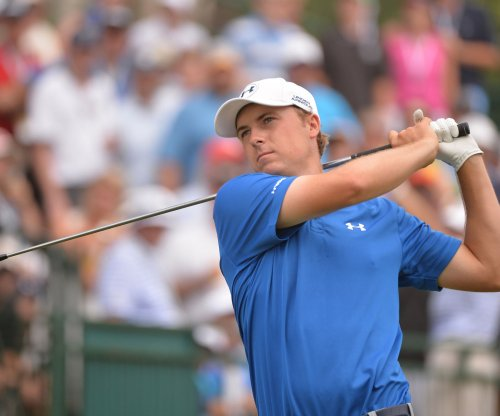 Jordan Spieth grabs first-round lead at Hero World Challenge