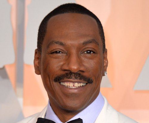 Arsenio Hall, Dave Chappelle to honor Eddie Murphy with Mark Twain Prize for American humor