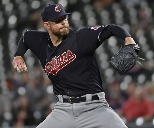 Corey Kluber strikes out 12 as Cleveland Indians top Texas Rangers