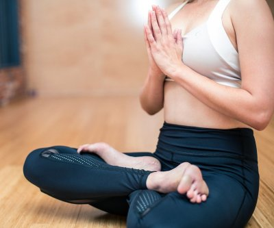 Study: Yoga helps half of adults with anxiety, but therapy is more effective