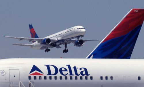 Delta to offer quicker lines for a fee