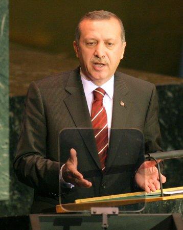 Obama, Erdogan discuss range of issues