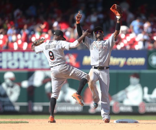 Miami Marlins snap New York Mets streak with win