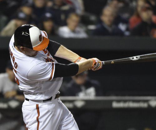 Mark Trumbo's homer in 12th pushes Baltimore Orioles past Arizona Diamondbacks
