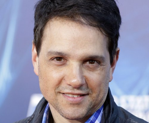Ralph Macchio to guest star on AMC's 'Comic Book Men'