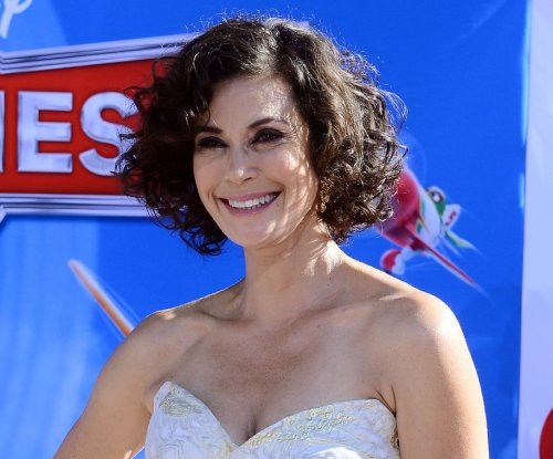 Teri Hatcher voices interest in 'Desperate Housewives' revival