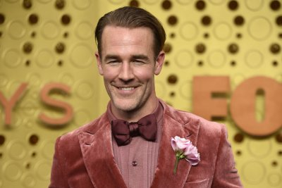 James Van Der Beek eliminated in 'Dancing with the Stars' semi-finals