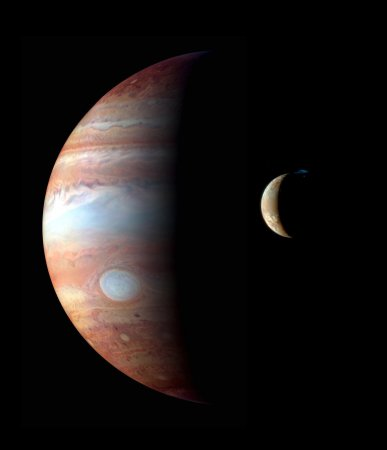Assembly begins on NASA's Juno spacecraft