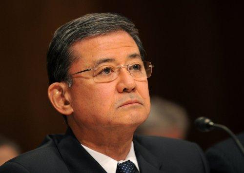 Senators want 'heads to roll' over Phoenix VA scandal