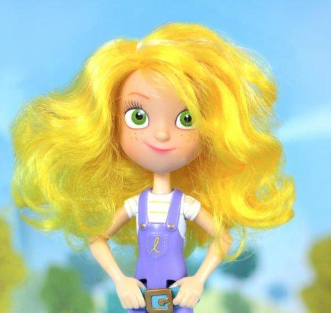 GoldieBlox debuts action figure for girls