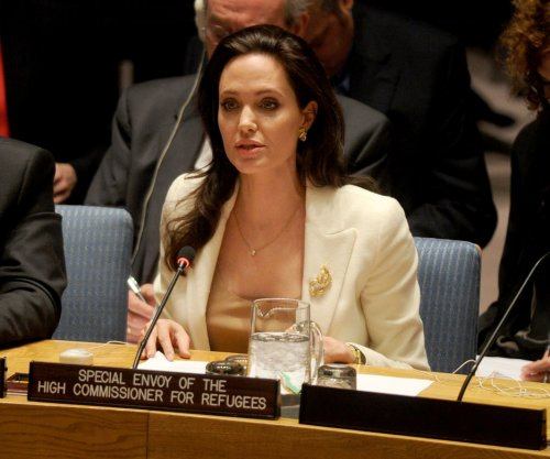Angelina Jolie Pitt to direct Netflix's film 'First They Killed My Father'