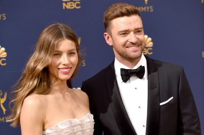 Justin Timberlake has Friend Challenge with Jimmy Fallon, Jessica Biel