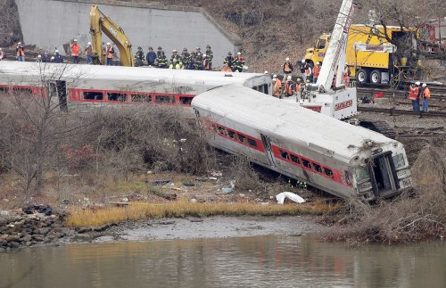 Passenger who survived New York City train crash to sue railroad