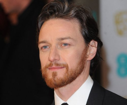 'X-Men' director Bryan Singer offers first look at James McAvoy preparing to play bald Xavier