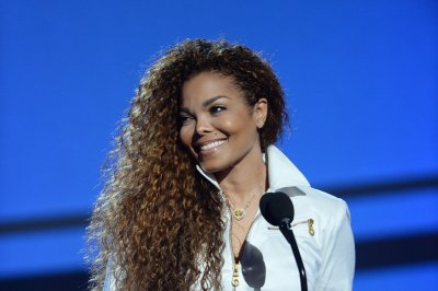 Janet Jackson named Ultimate Icon at BET Awards 2015