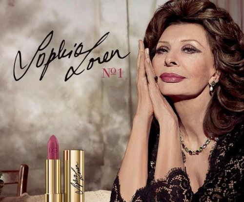 Sophia Loren stuns in Dolce & Gabbana ads at age 81