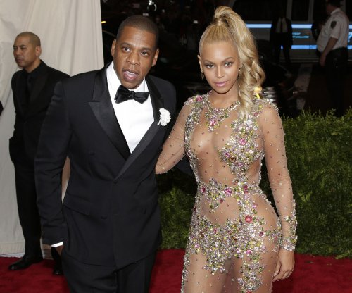 Jay-Z subpoenaed to testify about Rocawear buyer