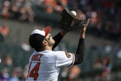 Orioles beat Astros with walk-off homer after embarrassing loss