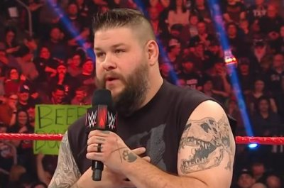 WWE Raw: Kevin Owens stands up to Randy Orton