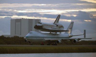Endeavour makes final flight