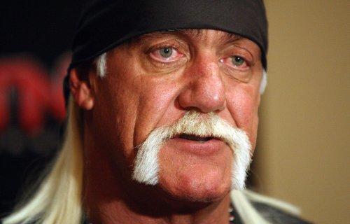 Hulk Hogan: Woman steals, returns wrestler's signed boot