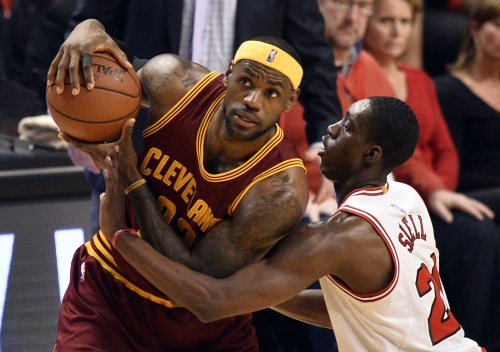 LeBron hopes to get Cavs back on track in Denver