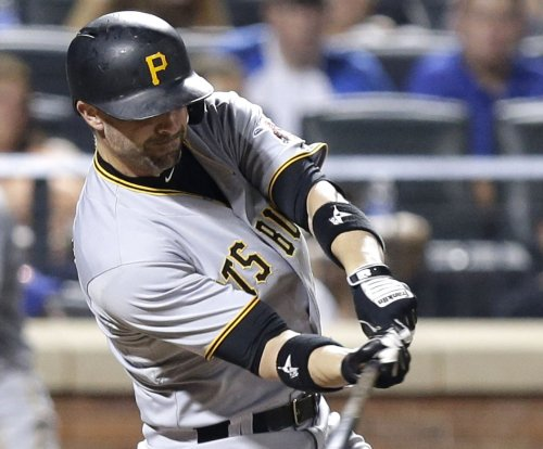 Chris Stewart's 3 RBIs help Pittsburgh Pirates solve Milwaukee Brewers