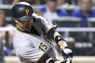 Chris Stewart's 3 RBIs help Pittsburgh Pirates solve Milwaukee Brewers