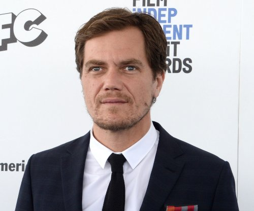 Michael Shannon performs 'Here Comes Your Man' in 'Lip Sync Battle' preview