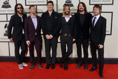 Foo Fighters announce tour, Cal Jam Festival