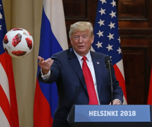 U.S. lawmakers: Trump's remarks in Helsinki 'disgraceful,' 'treasonous'