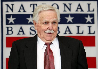 Hall of Fame manager Dick Williams dies