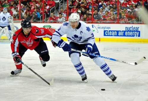 Phaneuf in long-term contract deal with Maple Leafs
