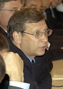 Yevtushenkov arrested on money laundering charge