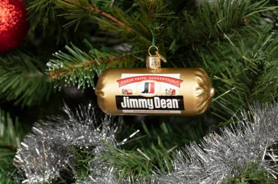Jimmy Dean 'gifts' include sausage-scented wrapping paper