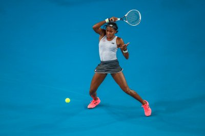 Australian Open: Cori Gauff beats Venus Williams in straight sets
