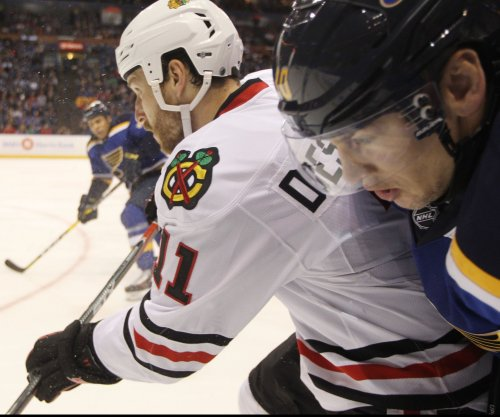 Chicago Blackhawks rally for 6-4 win over St. Louis Blues